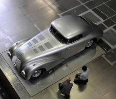 One-off reproduction of Mercedes 1930's 540-k Streamliner