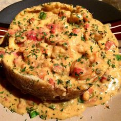 Loaded baked potato cooked and peeled crawfish of heavy whipping cream Crawfish Recipes, Seafood Recipes, Cooking Recipes, Sauce Recipes, Cajun Recipes, Food Porn, Baked Potato Recipes, Seafood Dishes, Seafood Boil