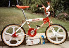 Raleigh Burner, Bmx Cycles, Raleigh Bikes, Vintage Bmx Bikes, Bmx Cruiser, Push Bikes, Dirt Bikes, Old School Toys, School Stuff