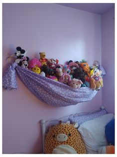 Stuffed Animal Hammock, Stuffed Animal Storage, Stuffed Animal Organization, Baby Bedroom, Girls Bedroom, Ideas Dormitorios, Kid Toy Storage, Storage Ideas, Toy Hammock
