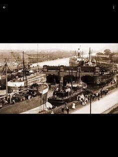 Warrington Cheshire, Classic Trucks, Manchester, Paris Skyline, Past, Ships, Travel, Classic Pickup Trucks, Past Tense