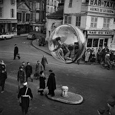 "Editorials: ""Bubble"" - Simone by Melvin Sokolsky (1963)"