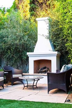 39 The Best Backyard Fireplace Design That You Must Have - Having an outdoor space is a great part of owning a home. Backyards can be small and cozy or large and expansive, but no matter the size, making it in. Rustic Outdoor Fireplaces, Outdoor Fireplace Patio, Outside Fireplace, Outdoor Fireplace Designs, Backyard Fireplace, Backyard Patio, Backyard Landscaping, Fireplace Ideas, Fireplace Kitchen