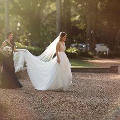 Mira Mandic wedding dress | @caseyjane_photography #MiraMandic