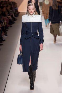 Sfilata Fendi Milano - Collezioni Autunno Inverno 2018-19 - Vogue