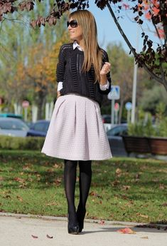 30 Best Winter Outfits play with dress layering.