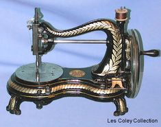 "❤✄◡ً✄❤ The Jones ""Serpentine"", as it is known today, was produced at Guide Bridge, near Manchester. It would be reasonable to conclude that it was the largest selling English made machine during the latter decades of the nineteenth century.  Although readily available for the Collector today, fine original condition specimens such as this one are relatively scarce. - http://www.dincum.com/library/lib_jones_serpentine.html"