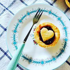 Queen Of Hearts Tarts Aga Recipes, Sweet Pie, Tarts, Biscuits, Crisp, Roast, Cheesecake, Easy Meals, Queen