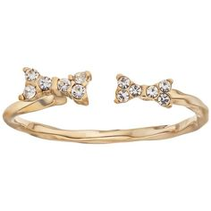 LC Lauren Conrad Open Bow Ring (Gold Tone) ($11) ❤ liked on Polyvore featuring jewelry, rings, gold tone, bow jewelry, pearl bow ring, pearl jewellery, lc lauren conrad and pearl rings