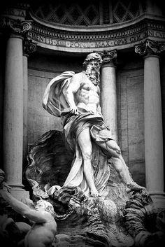 Poseidon, statue of trevi fountain , wonderfoul monument of the immortal city ROME Cool Tattoos Pictures, Picture Tattoos, Zeus Statue, Poseidon Statue, Angel Statues, Buddha Statues, Greek Mythology Tattoos, Ancient Greek Sculpture, Trevi Fountain