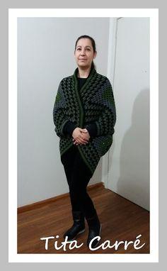 Casacão com 1 único Square em crochet Free Pattern, 1, Turtle Neck, Crochet, Sweaters, Fashion, Tricot, Crochet Hooks, Moda