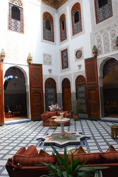 Relais & Chateaux | A subtle mix of Andalusian sumptuousness and Moroccan art de vivre, the Riad Fès reflects its prestigious past and the refined civilisation to which it belongs. | Riad Fes