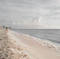 [pic not mine] Water Aesthetic, Gray Aesthetic, Beach Aesthetic, Strand, Scenery, Celestial, Pictures, Photos, Photography