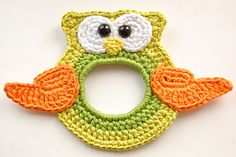 Owl The Lens Buddy - free crochet pattern by Kristi Randmaa / Apuuga's Amigurumi.
