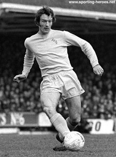 Paul Madeley Leeds United & England. Sadly, his career was cut short by injuries.
