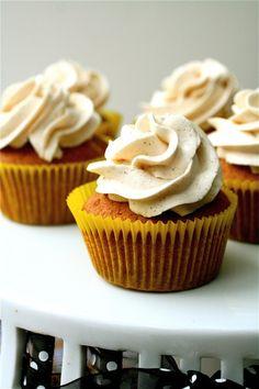 bananas foster cupcakes with cinnamon swiss meringue buttercream
