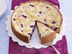 Weißer Zupfkuchen mit Blaubeeren   Zeit: 20 Min.   http://eatsmarter.de/rezepte/weisser-zupfkuchen-mit-blaubeeren