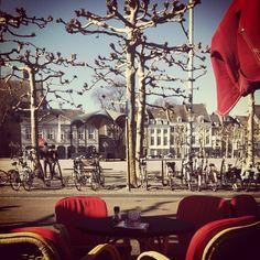 #sunny#maastricht#wheater#loveit !! - @galali- #mtricht #univercity #vrijthof #spring