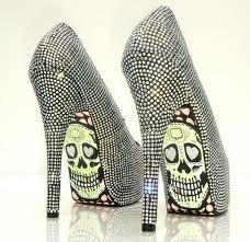 sao os sapatos perfeitos . metam gosto