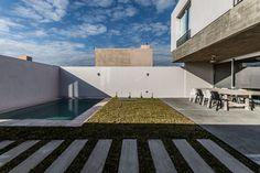 Gallery - Sebastian Patiño House / Adolfo Mondejar - 1