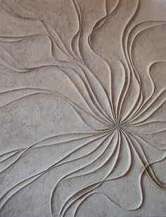 Artistic decoration on Matteo Brioni natural clay by Isabella Breda.