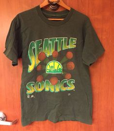 c46be4b741c0 ☀Vintage☀NBA Seattle Super Sonics Green T-Shirt Rare Sz M Basketball