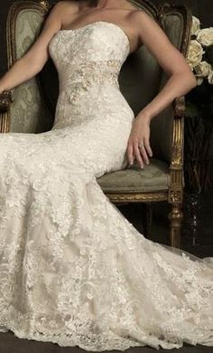 New With Tags Allure Wedding Dress 8917, Size 12