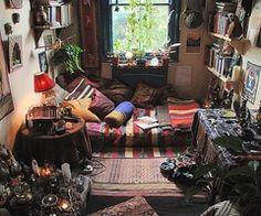 Boho dorm room. A girl can dream right?