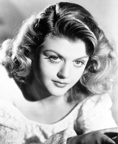 Angela Lansbury - wow, she was sooo lovely