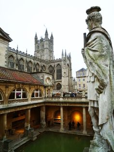 Take a day trip to Bath, Windsor Castle and Stonehenge from London