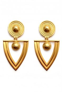 These gold-toned statement earrings is estimated to be from the late 1970s. They are styled with a basic black dress from Zara and Tom Ford heels. Click Details for more product information.