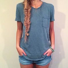 simple: jeans and tee + fishtail = hello summer (cute)
