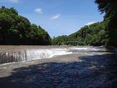 Vetaretus-6   Hidden hotspots in Japan - Fukiware Falls ·