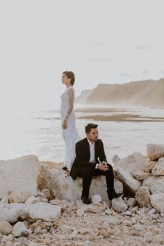Chic Couple Prewedding in Ethnic Villa and Beach in Bali Photoshoot Beach, Pre Wedding Photoshoot, Photoshoot Ideas, Pre Wedding Poses, Pre Wedding Shoot Ideas, Couple Posing, Couple Shoot, Prewedding Outdoor, Couple Ideas