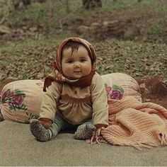 Look at those happy cheeks – Gypsy Baby. Look at those happy cheeks – Gypsy Baby. So Cute Baby, Baby Kind, Baby Love, Cute Kids, Cute Babies, Chubby Babies, Dream Baby, Pretty Baby, Precious Children