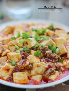Mapo Tofu - The real deal.delicious, even if you think you don't like tofu, try it. Easy Chicken Recipes, Pork Recipes, Asian Recipes, Vegetarian Recipes, Cooking Recipes, Indonesian Recipes, Orange Recipes, Cooking Tips, Szechuan Shrimp Recipe