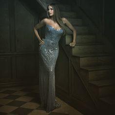 A stunning Sofia Vergara in a stunning dress!  Portrait by famed photographer Mark Seliger. Striking Celebrity Portraits Taken at Vanity Fair's Oscar Party 2015 - My Modern Met