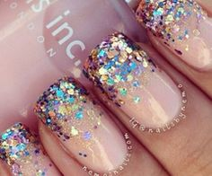Pink with glitter Nail Art Designs, Nail simple nail designs. Lovely Summer Nail Art Ideas, Art and Design. Red, White, and Gold Glitter Nail Art Design Pink Glitter Nails, Fancy Nails, Love Nails, My Nails, Bling Nails, Glitter Manicure, Nude Sparkly Nails, Prom Nails, Gold Glitter