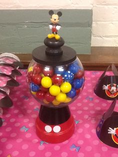 Mickey Mouse gumballs