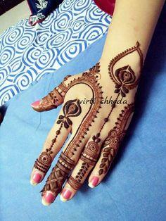 Mehndi Designs Feet, Peacock Mehndi Designs, Finger Henna Designs, Stylish Mehndi Designs, Wedding Mehndi Designs, Mehndi Design Pictures, Beautiful Mehndi Design, Latest Mehndi Designs, Henna Tattoo Designs