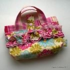 This is such a cute little purse for a little girl!