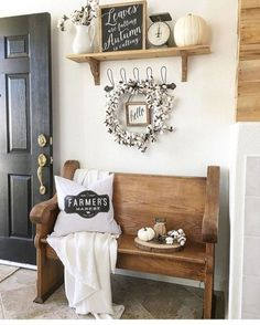 Breathtaking 46 Amazing Small Living Rooms Ideas With Farmhouse Style https://toparchitecture.net/2017/11/04/46-amazing-small-living-rooms-ideas-farmhouse-style/