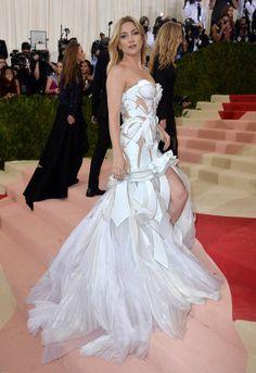 Kate Hudson en Versace