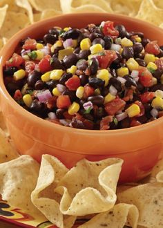 Spicy Black Bean Salsa - a spicy, colorful appetizer that is perfect for snacking solo or when socializing with friends! Add diced red pepper and green onions, cup salsa and tablespoon of garlic to perfect it! Spicy Recipes, Mexican Food Recipes, Vegetarian Recipes, Cooking Recipes, Mexican Meals, Copycat Recipes, Cooking Tips, Appetizers For A Crowd, Appetizer Dips