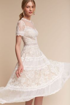 Click to see more gorgeous wedding dresses from BHLDN latest collection.