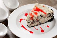 ¡Tarta de Oreo! Cuando piensas en hacer una tarta, seguramente piensas en horas y horas en la cocina, pero esta tarta la podrás hacer en menos de 1 hora. E