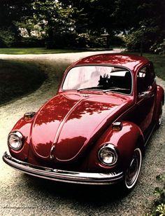 1971 red VW Super Beetle
