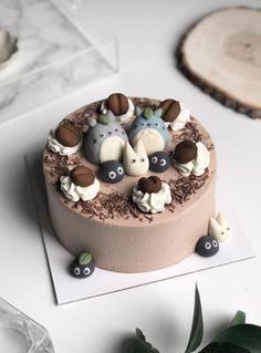 Pretty Birthday Cakes, Pretty Cakes, Anime Cake, Pastel Cakes, Cute Baking, Tiramisu Cake, Cute Desserts, Just Cakes, Love Eat