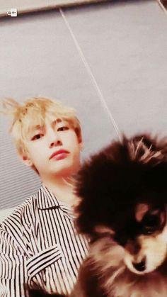 우리이쁜탄이 연탄이방탄이~~~ 우쮸쮸 OMG look to our lovely hair why he's still look too cute ♡