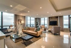 How to Stage Your Home So It Sells for Mega Bucks | Chicago magazine | Home & Garden April 2014